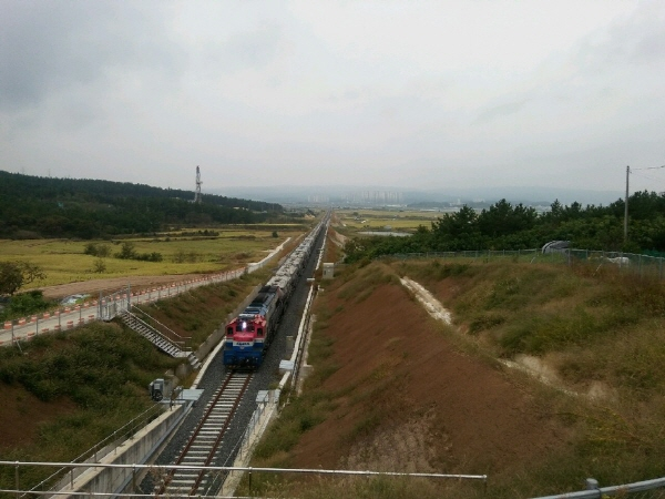 철도공단 영남본부, 포항영일만신항 인입철도 시설물.jpg