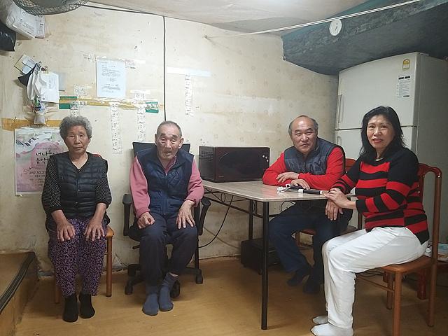 강화군 에밀리아엘파자오님 가족사진.jpg