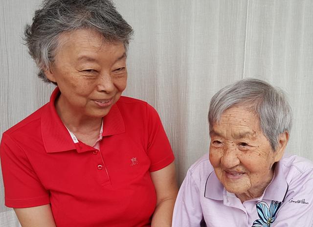 강화군 박경희어르신 가족사진.jpg